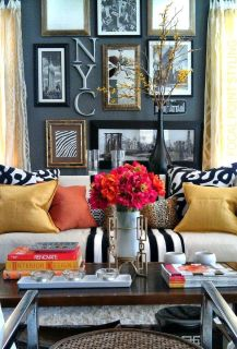Bright Living Room Decor Ideas 23