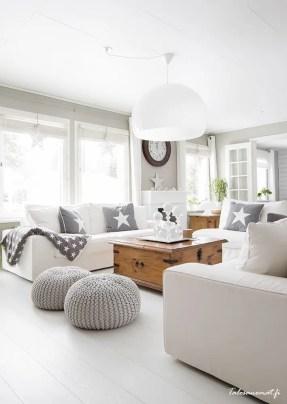 Bright Living Room Decor Ideas 35