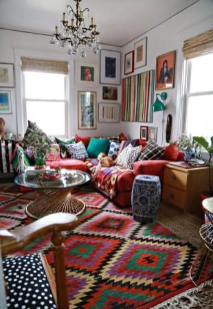 Bright Living Room Decor Ideas 37