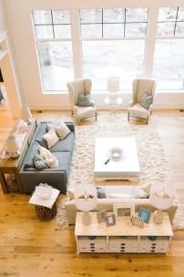 Bright Living Room Decor Ideas 69