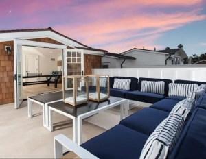 California Beach House 10
