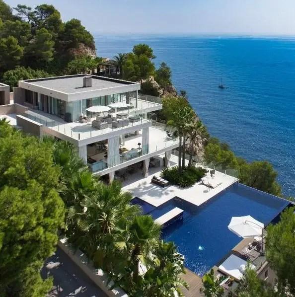 California Beach House 141
