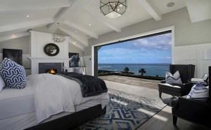 California Beach House 8