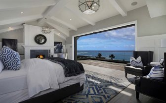 California Beach House 8