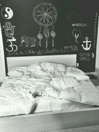 Chalk Wall Bedroom Ideas 22