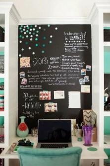 Chalk Wall Bedroom Ideas 30