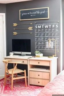 Chalk Wall Bedroom Ideas 53