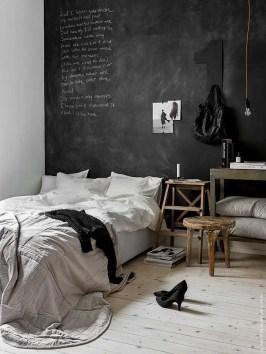 Chalk Wall Bedroom Ideas 73
