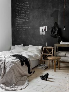 Chalk Wall Bedroom Ideas 73