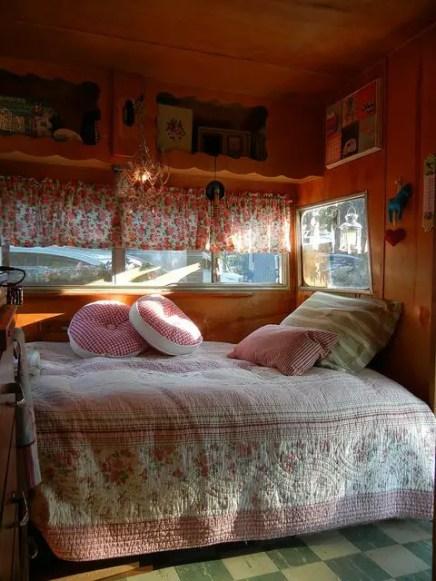 Cozy Campers 26