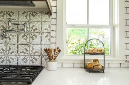 European Farmhouse Kitchen Decor Ideas 112