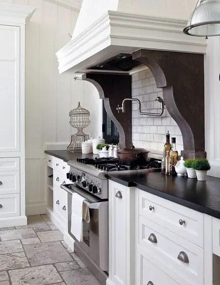 European Farmhouse Kitchen Decor Ideas 137