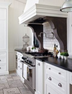 European Farmhouse Kitchen Decor Ideas 137