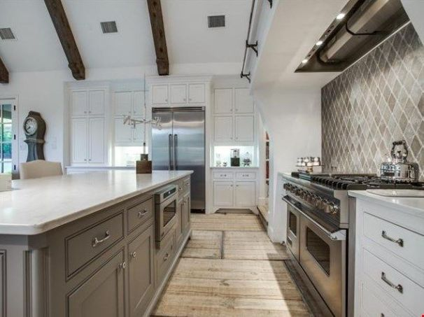European Farmhouse Kitchen Decor Ideas 18