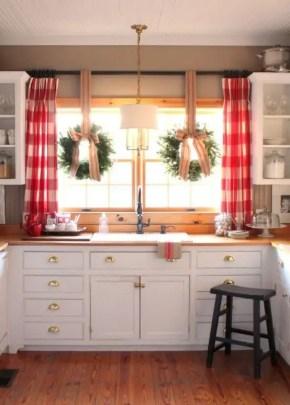European Farmhouse Kitchen Decor Ideas 28