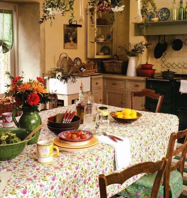 European Farmhouse Kitchen Decor Ideas 5