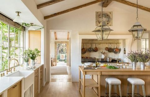 European Farmhouse Kitchen Decor Ideas 89