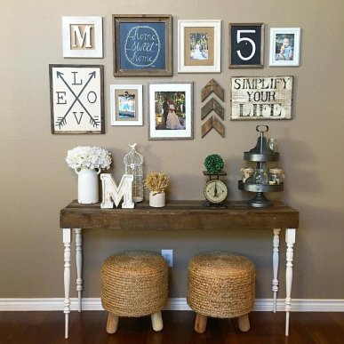 Farmhouse Gallery Wall Ideas 20