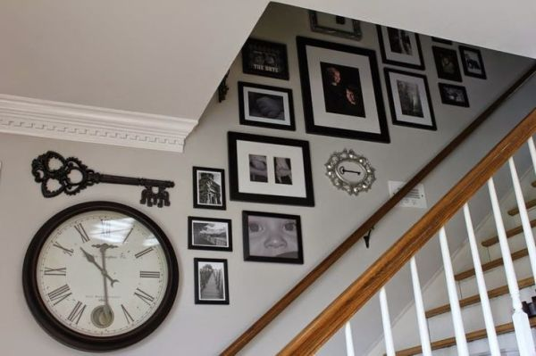 Farmhouse Gallery Wall Ideas 36