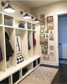Farmhouse Gallery Wall Ideas 39
