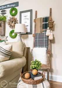 Farmhouse Gallery Wall Ideas 60