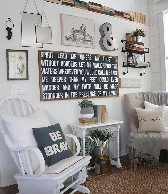 Farmhouse Gallery Wall Ideas 67