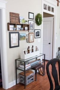 Farmhouse Gallery Wall Ideas 7