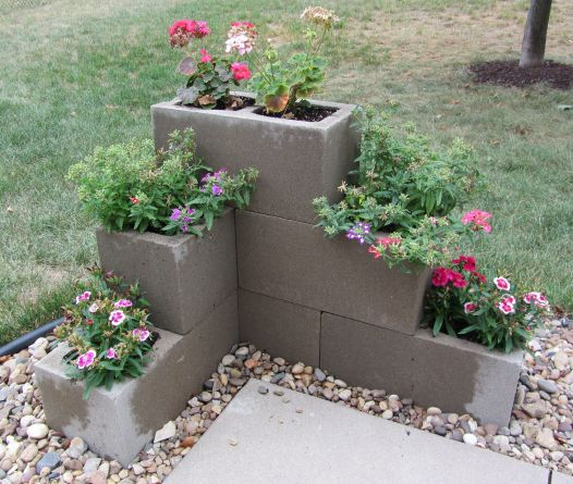 Flower Beds In Front Of House 33
