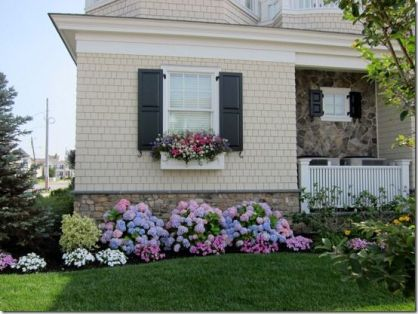 Flower Beds In Front Of House 92