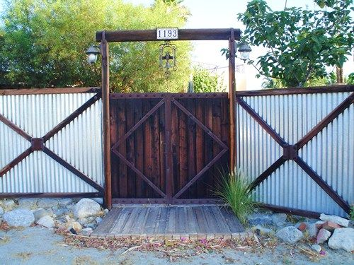 Privacy Fence Ideas 57