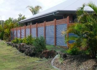 Privacy Fence Ideas 7