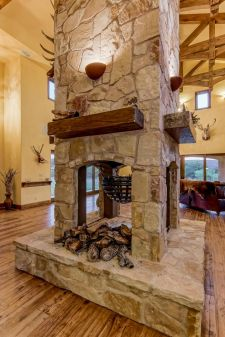 Reclaimed Wood Fireplace 68