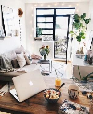 Small Apartment Bedroom Decor 117
