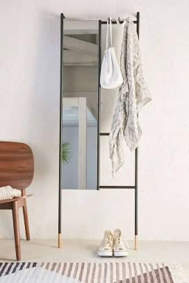 Small Apartment Bedroom Decor 36