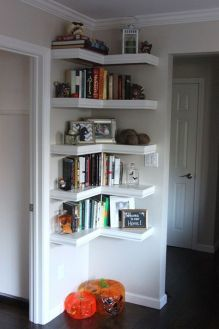 Small Apartment Bedroom Decor 51