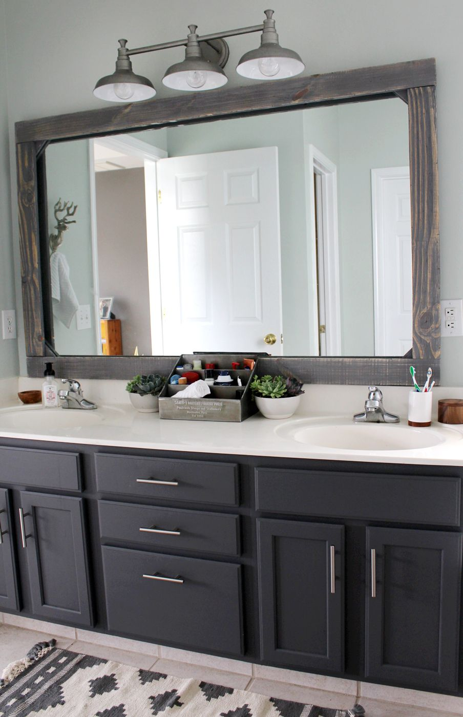 Tiny Master Bathroom 19