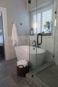 Tiny Master Bathroom 67
