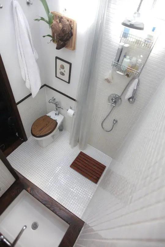 Tiny Master Bathroom 78