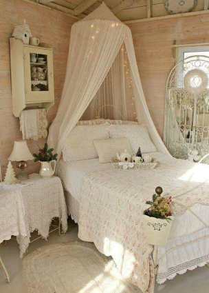 Vintage Room 67