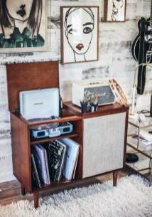 Vintage Room 9