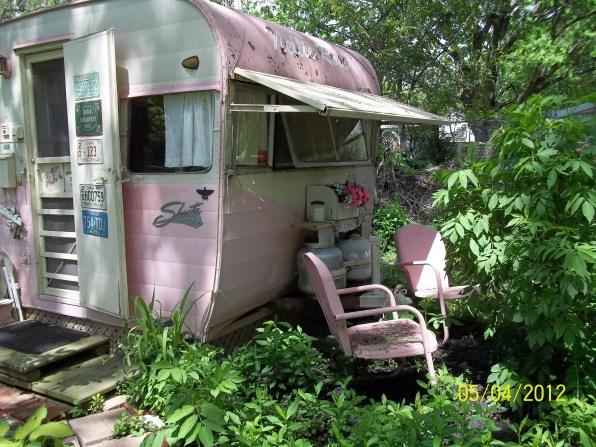 Vintage CampersTravel Trailers 151