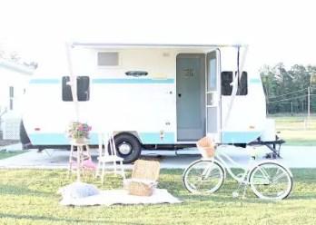 Vintage CampersTravel Trailers 284