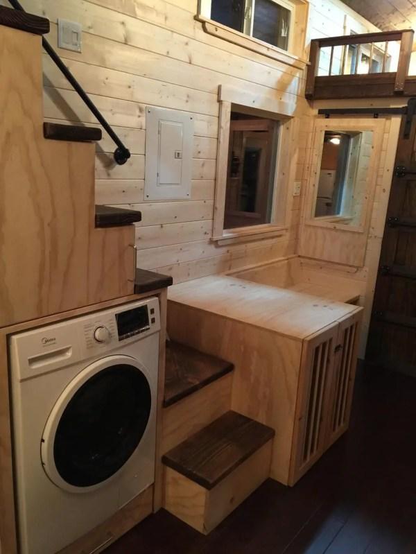 Tiny Luxury Homes 202
