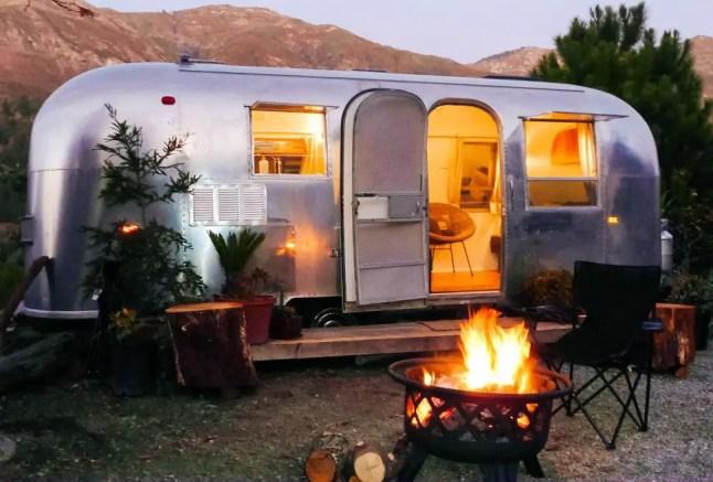 Air Streams Dream Campers 26