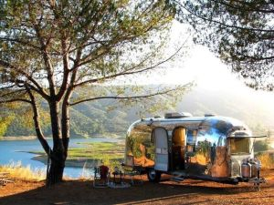 Air Streams Dream Campers 28