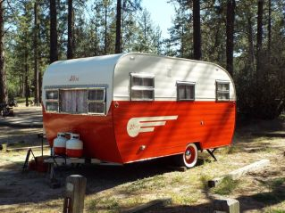 Air Streams Dream Campers 43