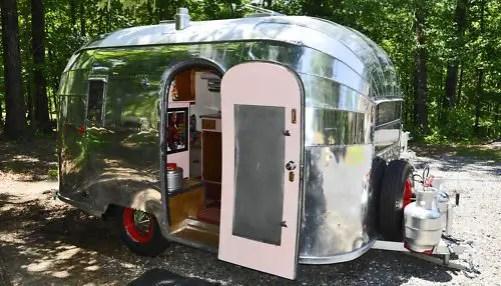 Air Streams Dream Campers 54