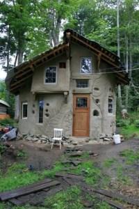 Cob Homes 153
