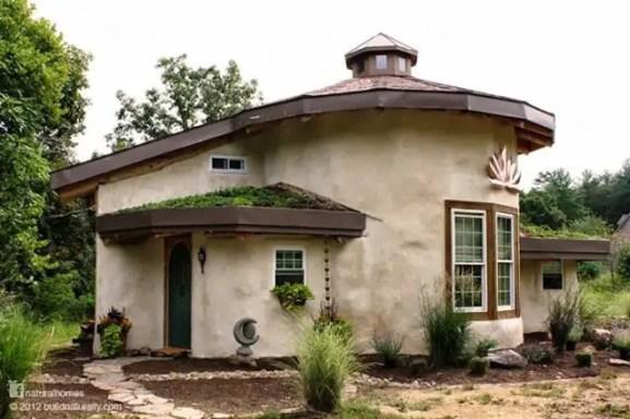 Cob Homes 39