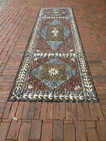 Mosaic Patio 84